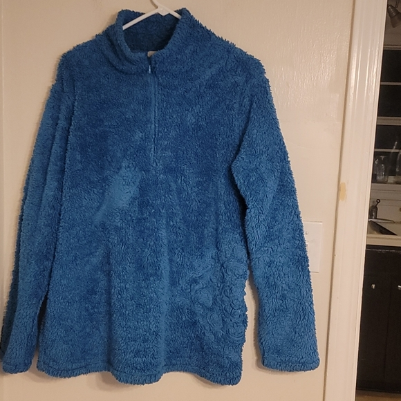 ASCEND Blue Fuzzy Pullover - Size XL